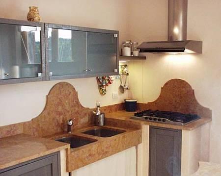 Cucine in marmo lavorazione marmo roma cesaroni - Top cucina in granito ...