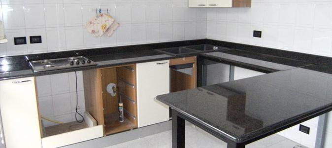 Cucine in marmo lavorazione marmo roma cesaroni - Top marmo cucina prezzi ...